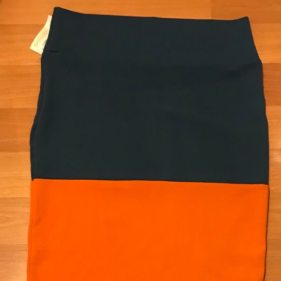 7df22e49f96 Lularoe XL Orange   Navy Pencil Cassie Skirt NWT